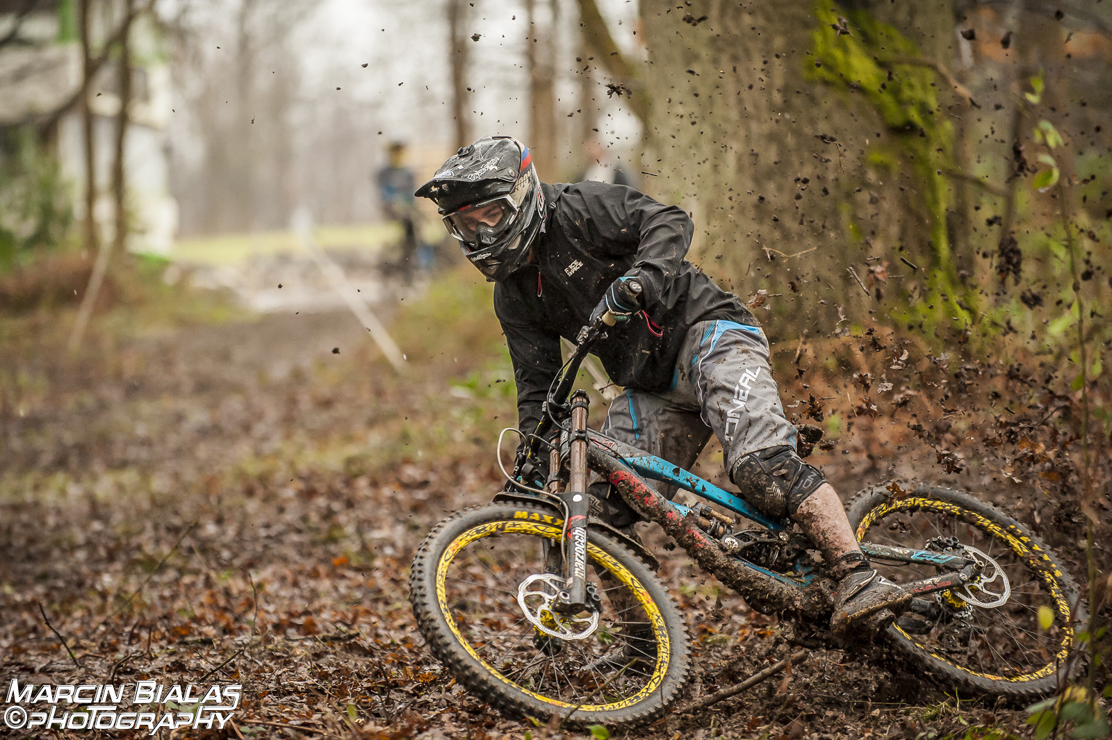 Roosting - Marcin Bialas Photography - Mountain Biking Pictures - Vital MTB