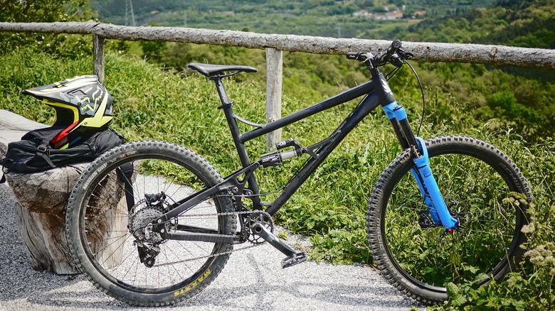 Banshee Bikes Spitfire 27.5/26 hybrid