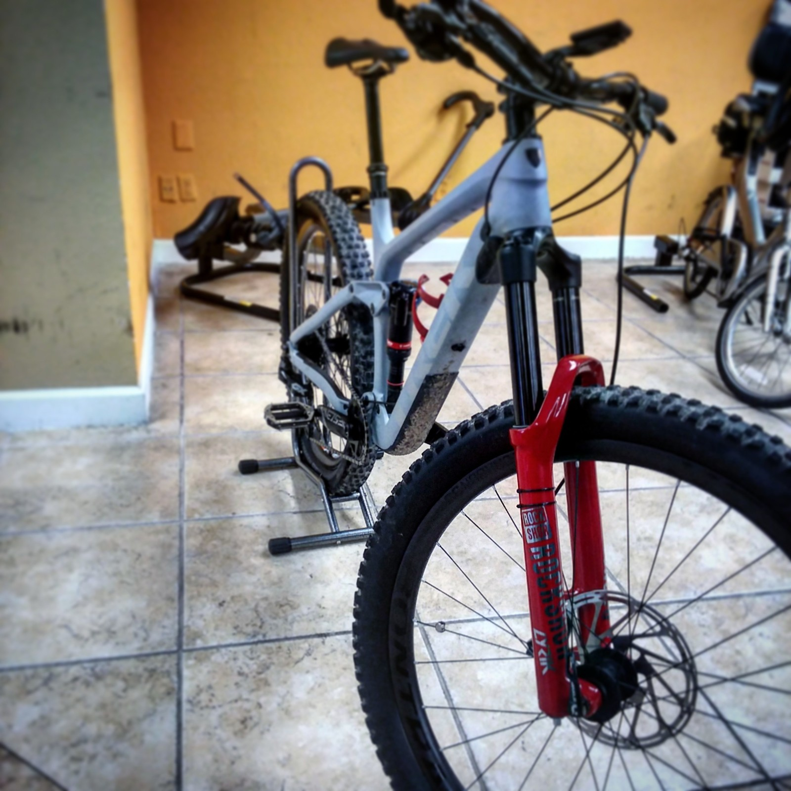 New fork lowers