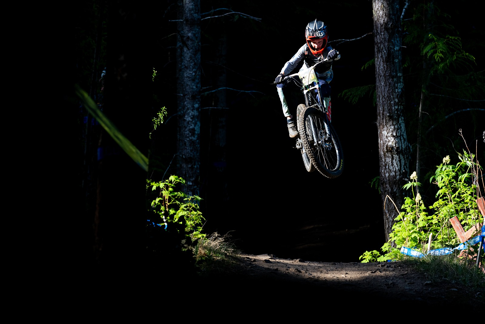 Charlie Connell - Zuestman - Mountain Biking Pictures - Vital MTB