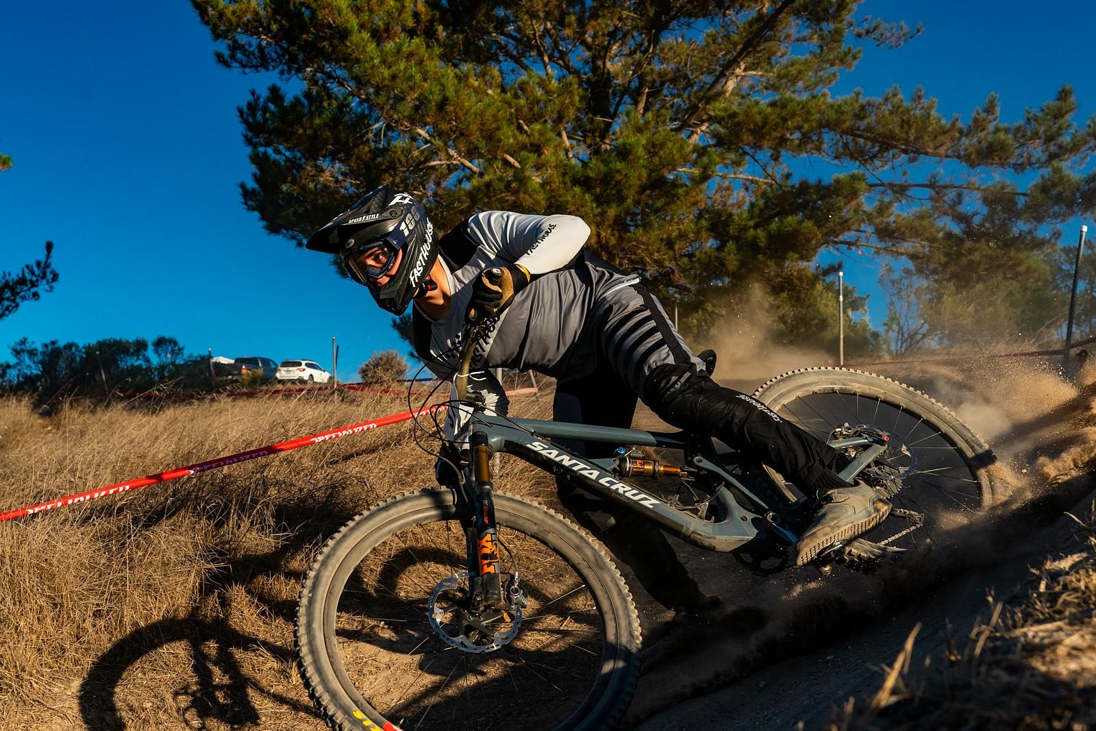 Niko Klik - Zuestman - Mountain Biking Pictures - Vital MTB