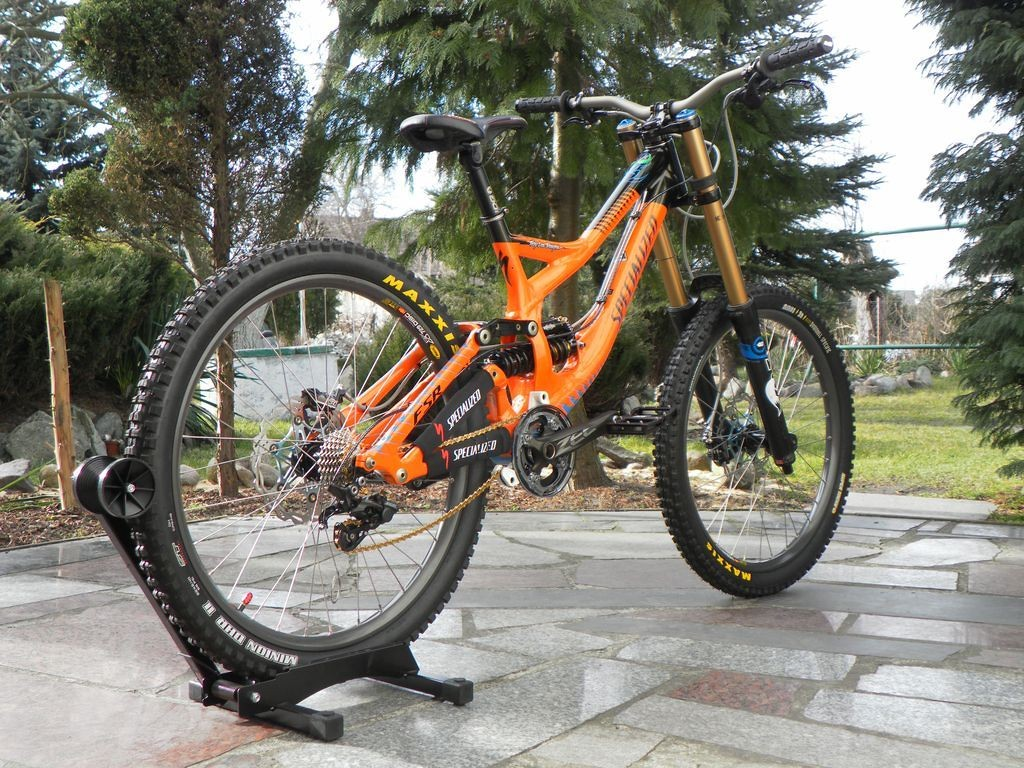 2013 Specialized Demo 8 TLD Limited Edition