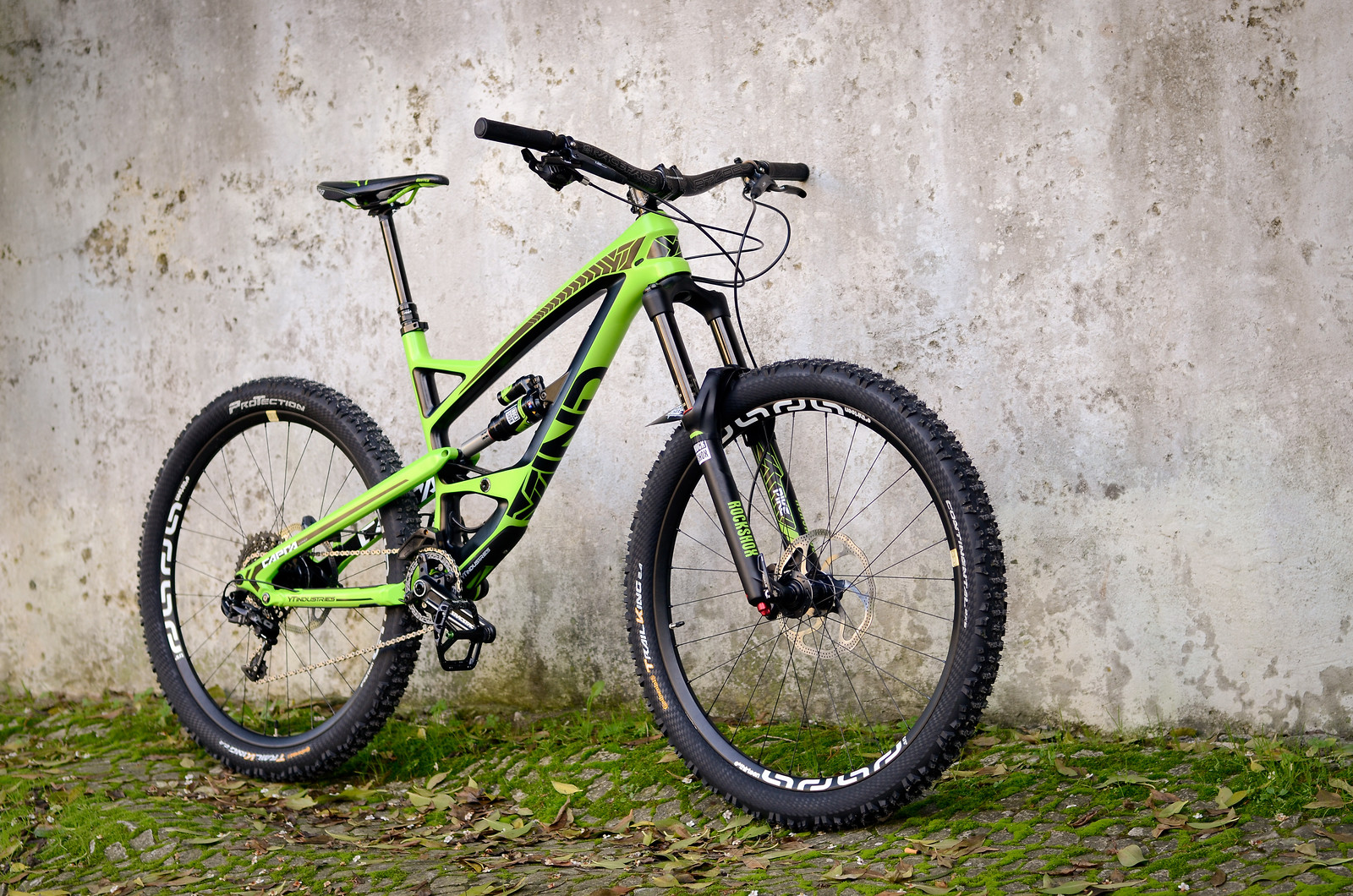 Yt industries capra cf comp 1 2014 16