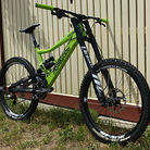 Morewood Makulu - The Green Machine.