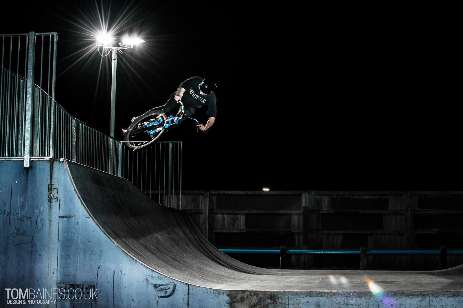 Ali Dunn - tombaines - Mountain Biking Pictures - Vital MTB