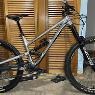 Custom Commencal Clash 2021