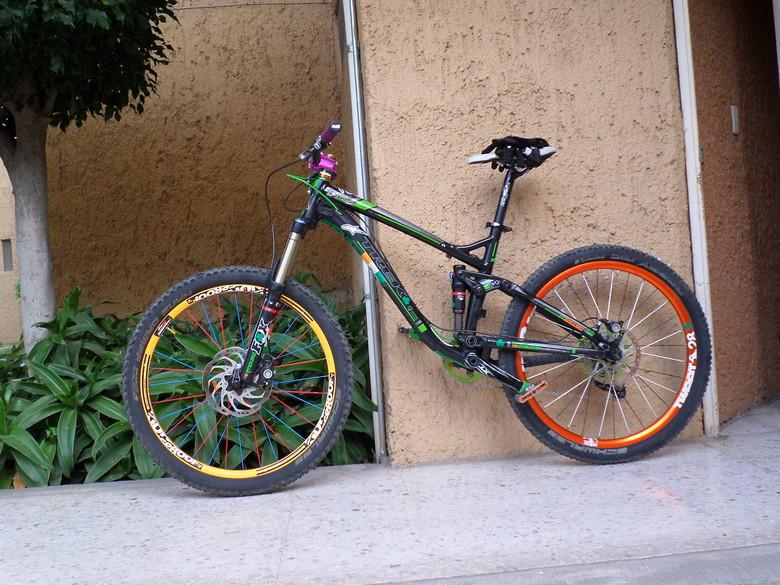 7725a2d060b Custom 2013 Trek Fuel EX 9 - jorge269's Bike Check - Vital MTB