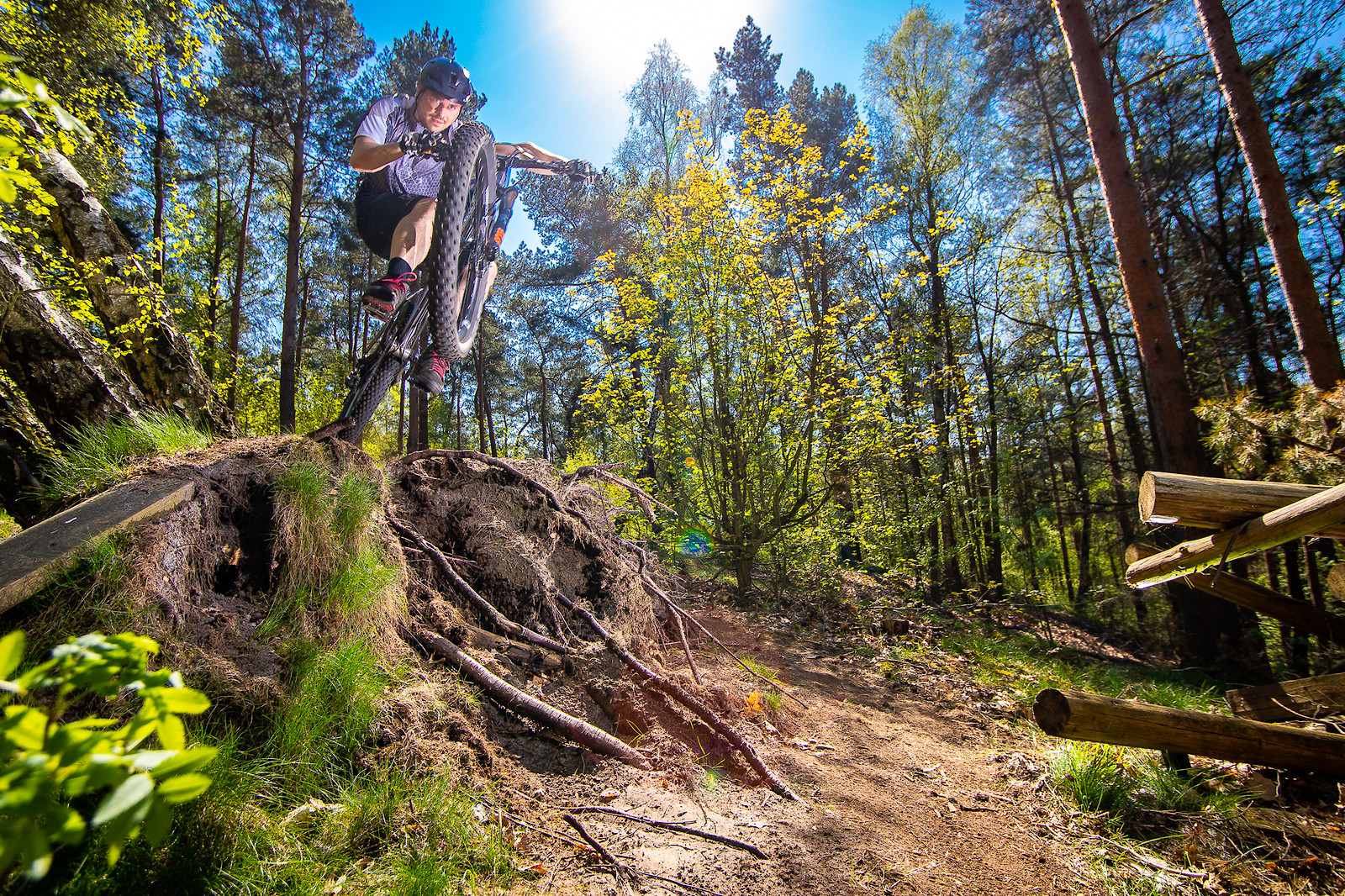Stump Kicker - Robert_Loughlin - Mountain Biking Pictures - Vital MTB