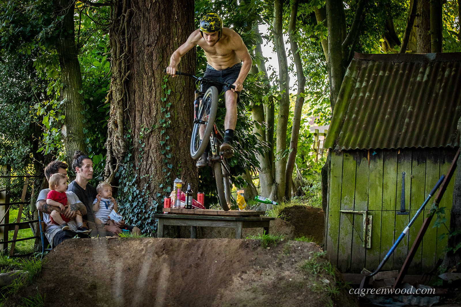 Disrupting Sunday Lunch at the Trails - cagreenwood - Mountain Biking Pictures - Vital MTB