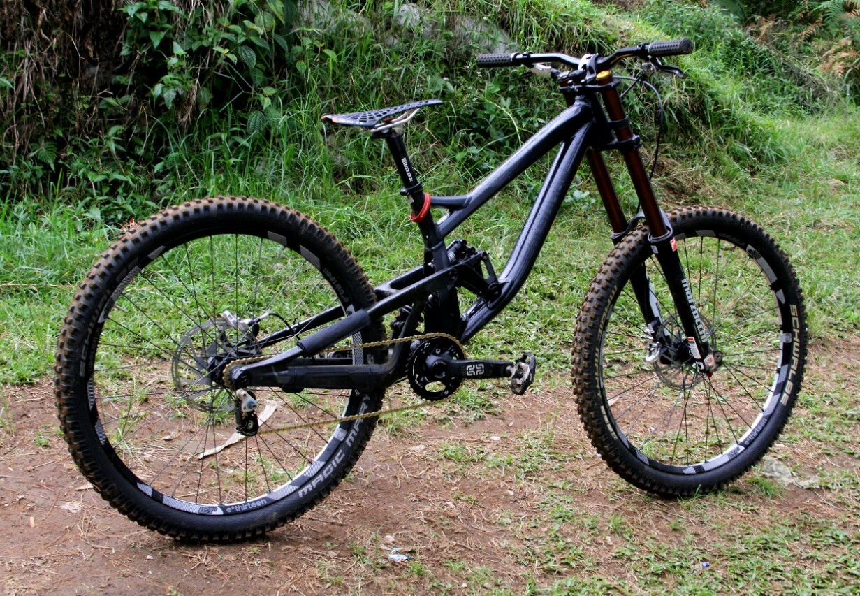 Polygon collosus dh9 blacks