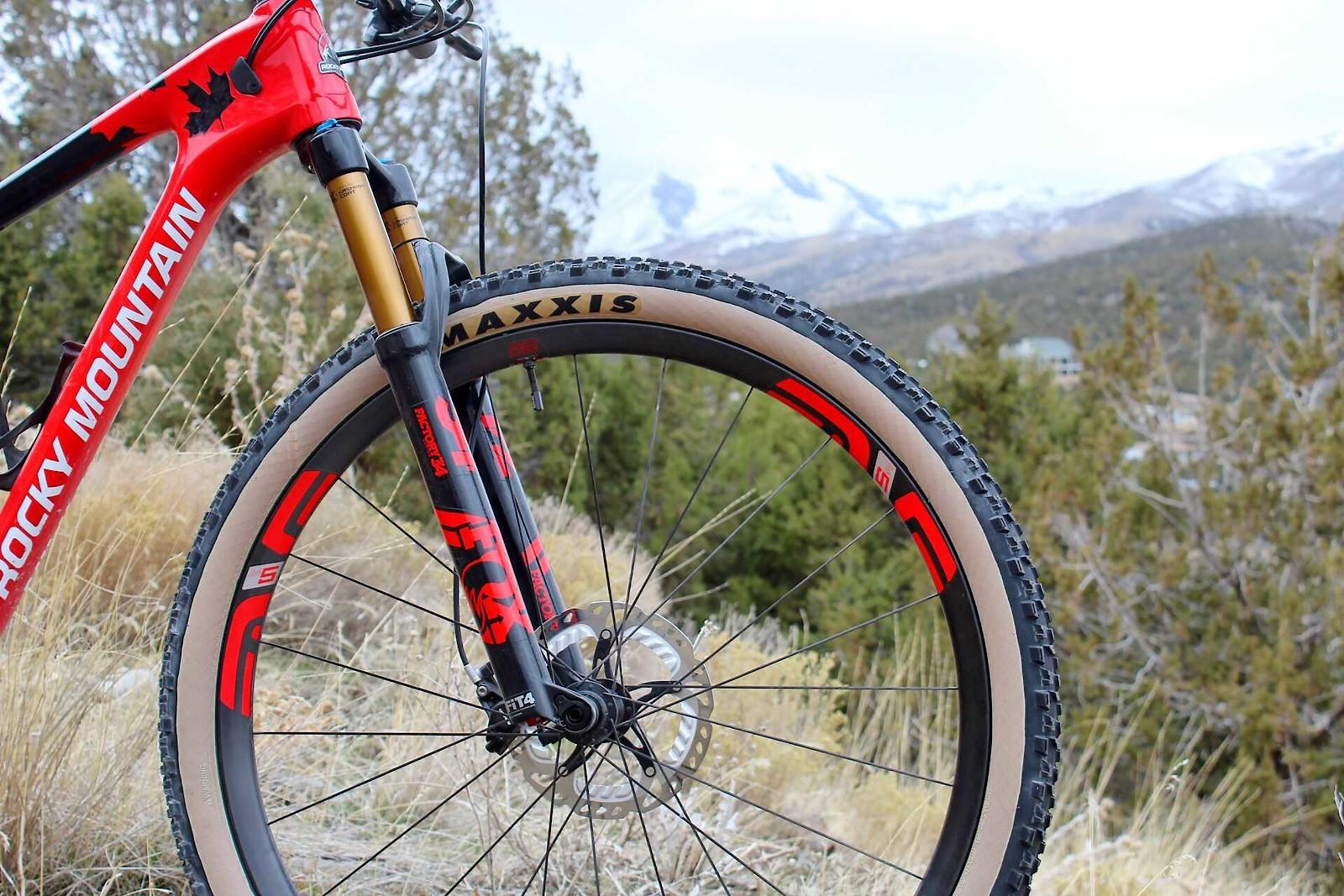 Red Hot Rocky Mtn Element Lcbogey S Bike Check Vital Mtb