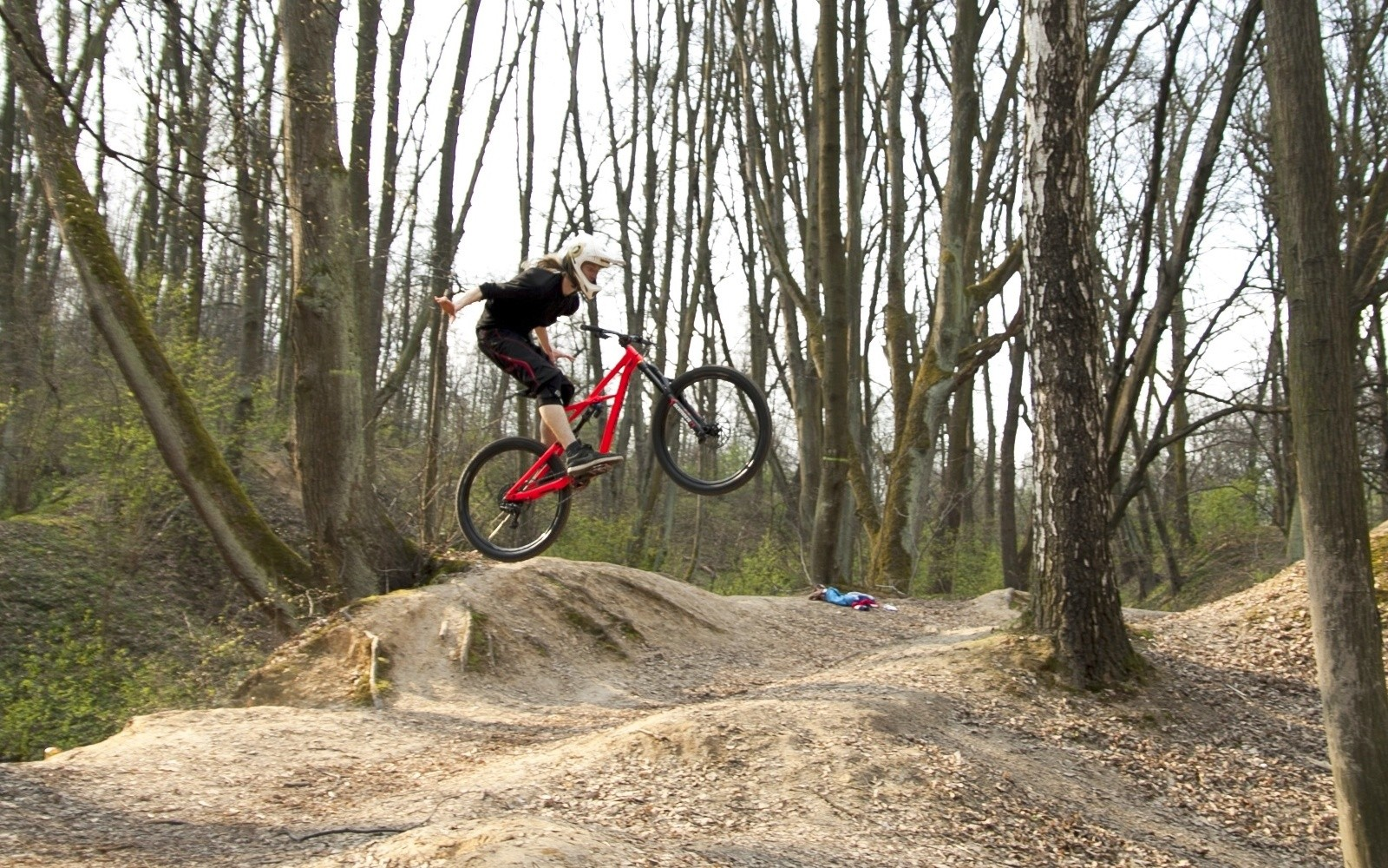 Carefree no hander - shape - Mountain Biking Pictures - Vital MTB
