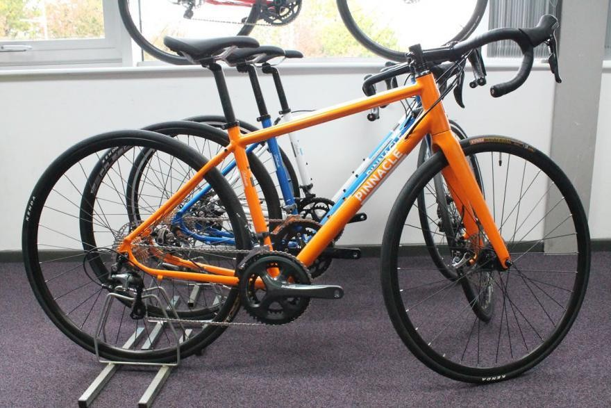 2016 Lastest Version Pinnacle Dolomite 1 Road Bike