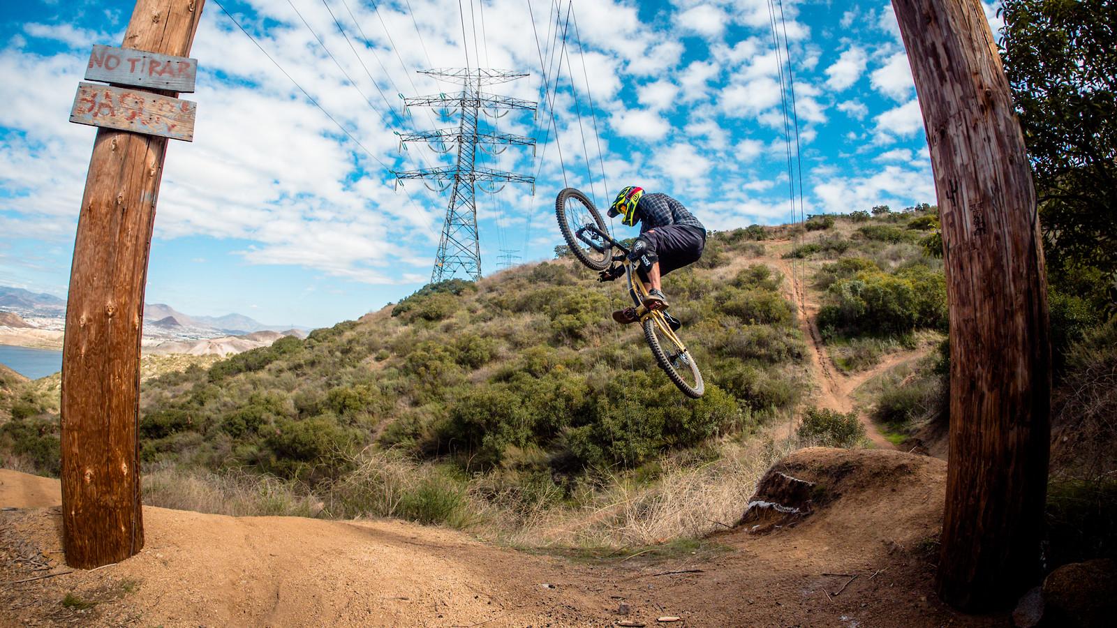 Enduro Session - entronke - Mountain Biking Pictures - Vital MTB