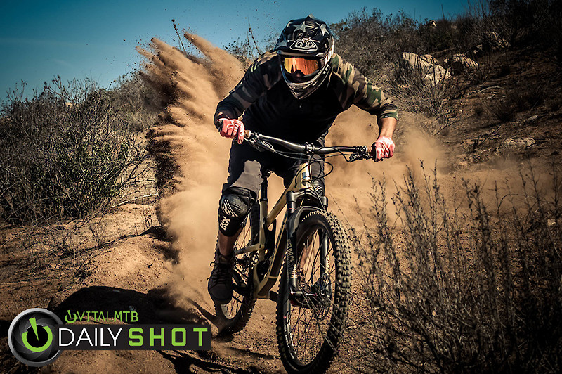 Dirt Out - entronke - Mountain Biking Pictures - Vital MTB