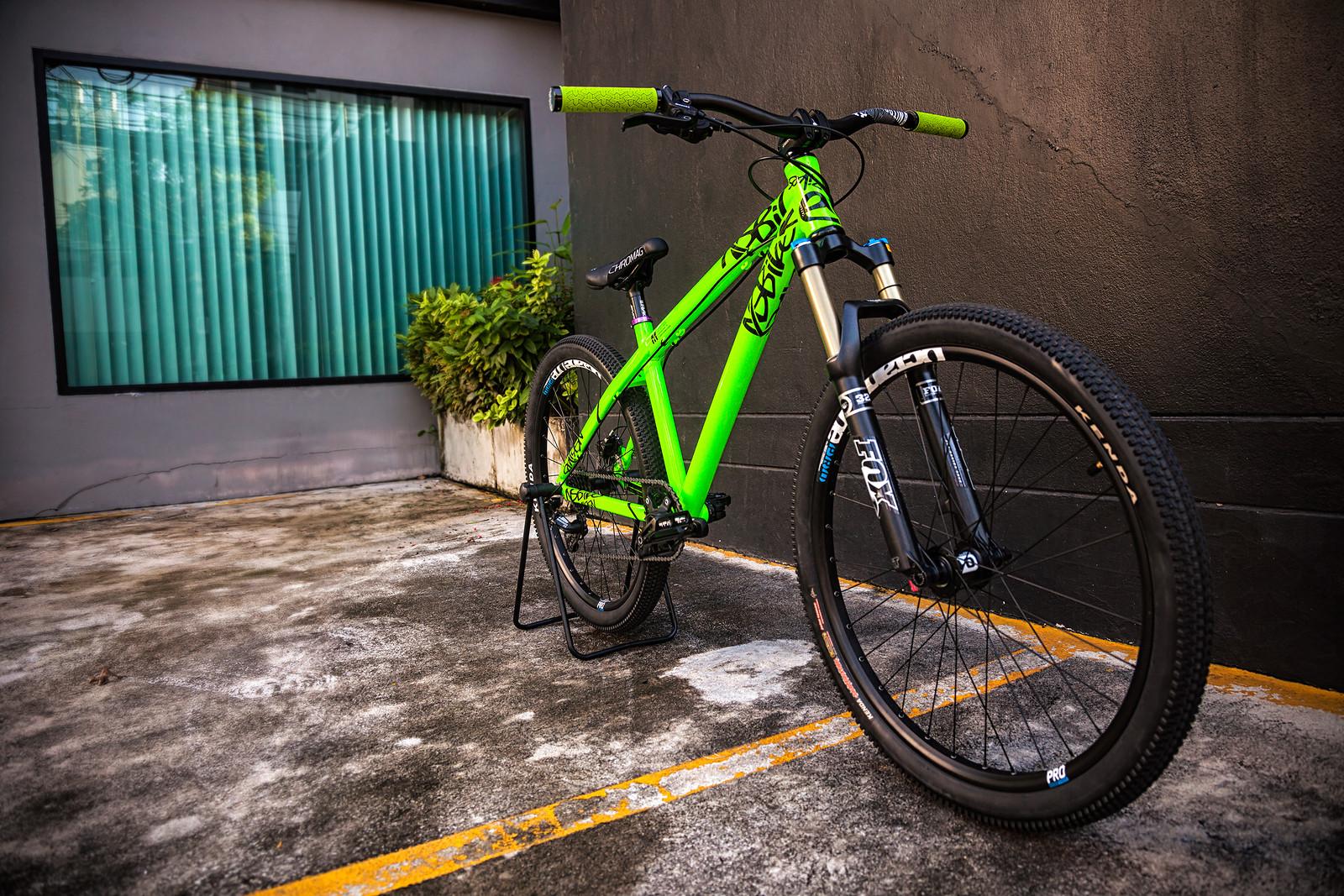 NS Bikes Clash Custom