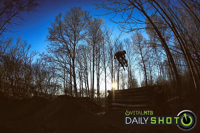 whip silhouette - philippemarceau - Mountain Biking Pictures - Vital MTB