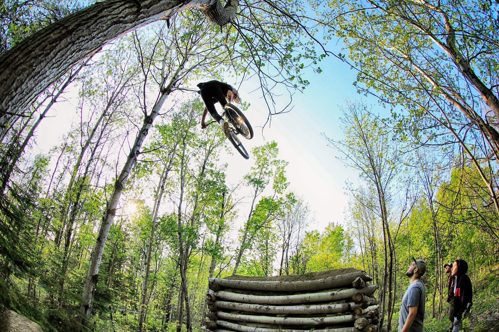 whoa - philippemarceau - Mountain Biking Pictures - Vital MTB