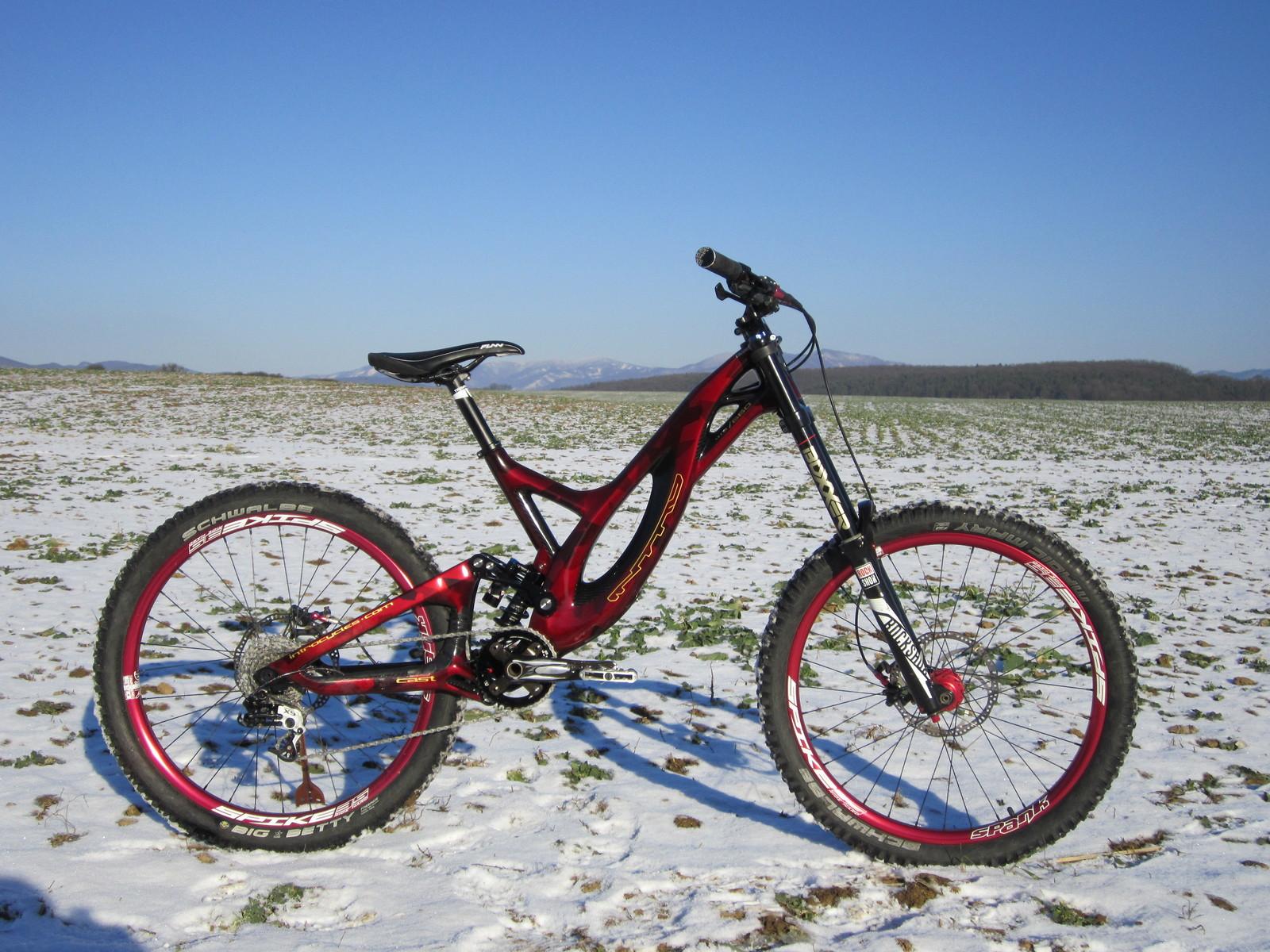 Intro Tabu for team rider Jakub Béreš