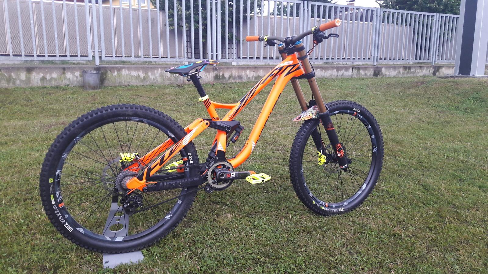 2a69332cbe5 Ns Fuzz Custom Build 2017 Makulu Alex S Bike Check Vital Mtb