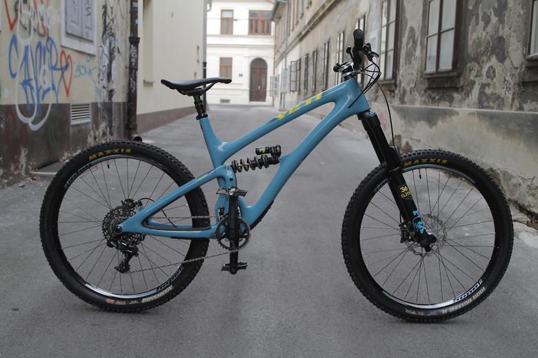 a0fc8f9cdab Yeti SB6 Turq 2019 - Custom - KVrechek's Bike Check - Vital MTB