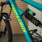 Sea Foam Green STIKRD Santa Cruz Nomad Carbon 27.5""