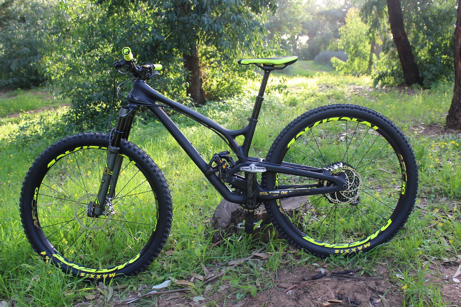 8c9ff280bd3 evil offering 29 - Roval bi's Bike Check - Vital MTB