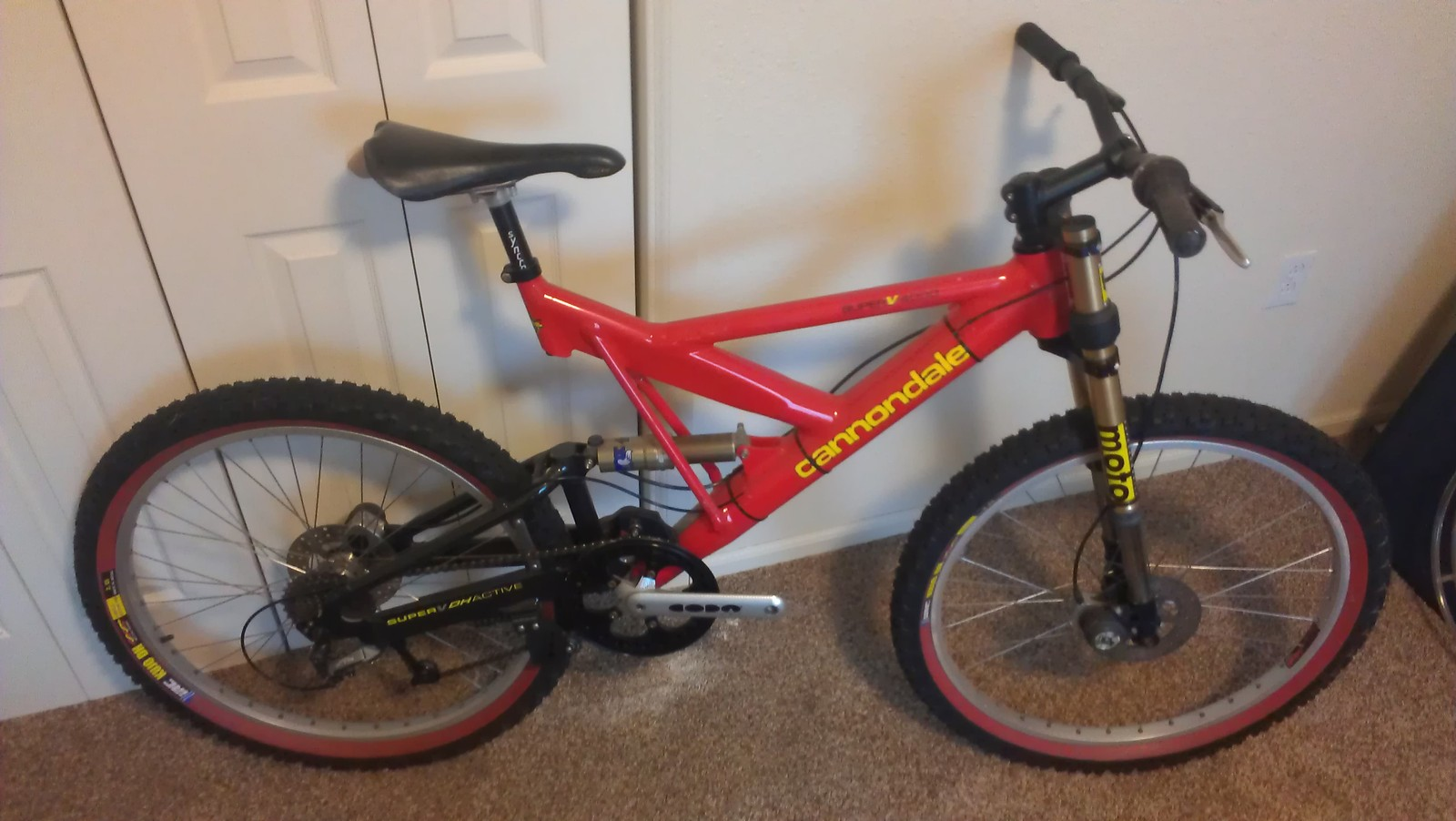1997 Cannondale SuperV4000DH
