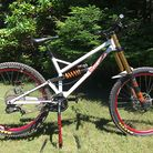 Terraplane DH Team Bike