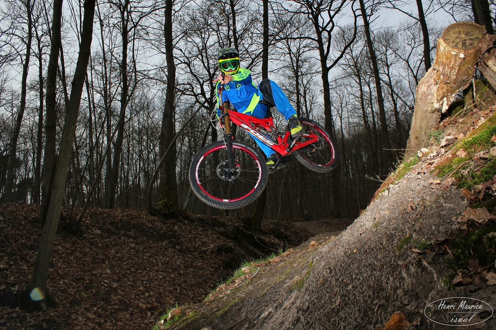 Whip Frog - HenriMaurice - Mountain Biking Pictures - Vital MTB