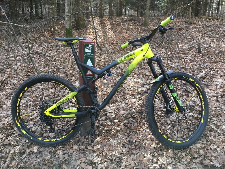 Commencal Meta AM V4