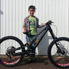 Milan_DH custom Demo Carbon 26""