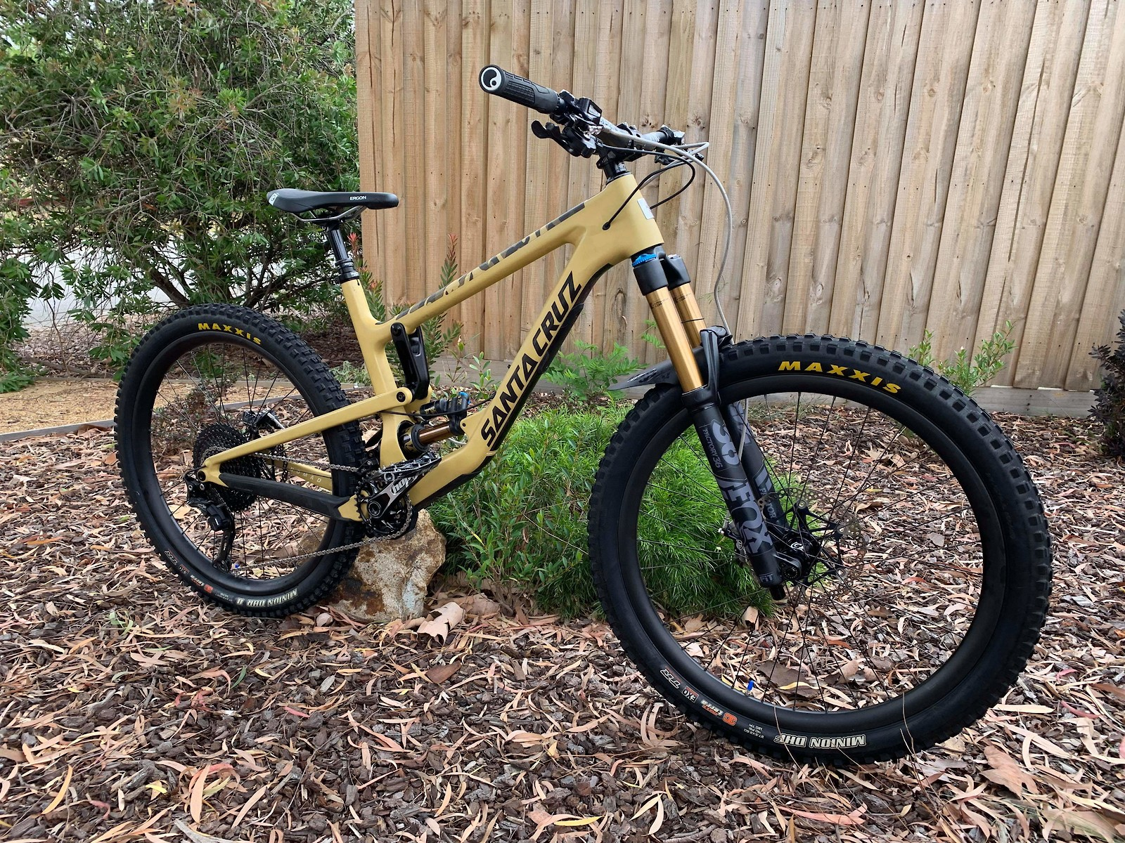 Desert Storm Nomad V4 The Drizzle S Bike Check Vital Mtb
