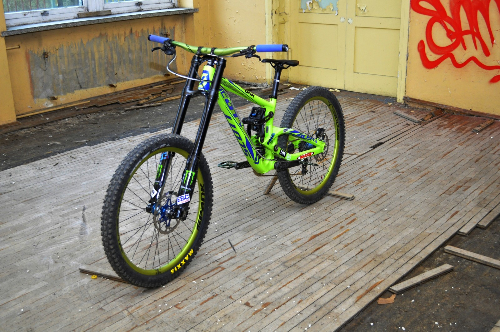 Custom Scott Gambler 2014 with Dorado