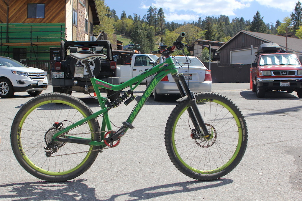 grizzlycycles661's Santa Cruz