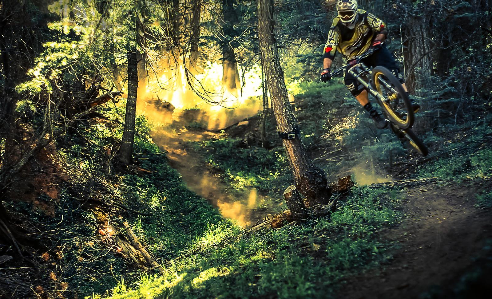Downhill Season - jerryhazard - Mountain Biking Pictures - Vital MTB