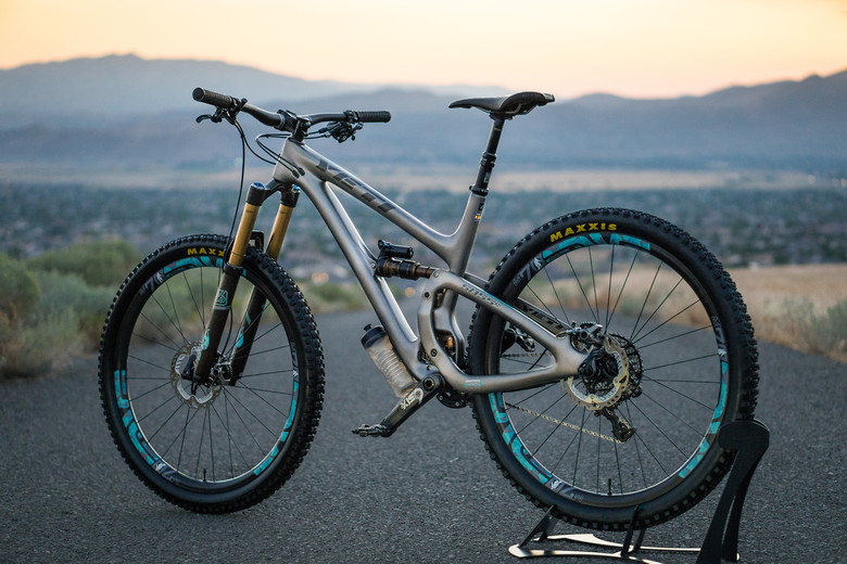 Yeti SB5.5c Top Shelf Shred Monster