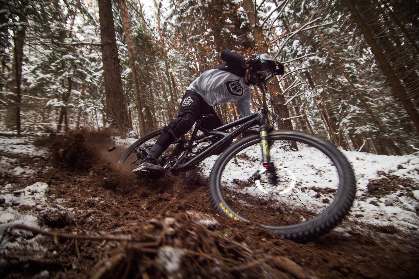 Frozen II - EWIA - Mountain Biking Pictures - Vital MTB