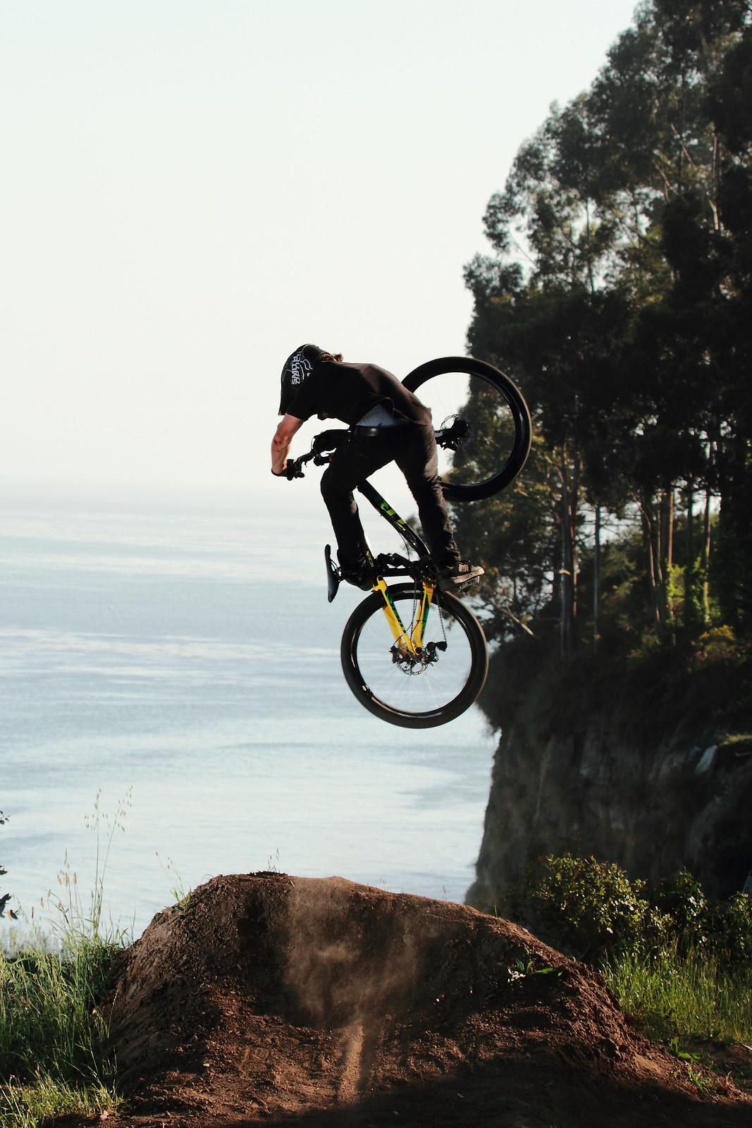 Cam McCaul Invert Table  - JTalatzko - Mountain Biking Pictures - Vital MTB