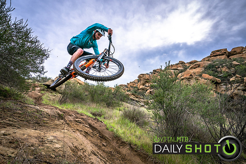 Jip hit - wide angle head under arm-2 - shreddyshots - Mountain Biking Pictures - Vital MTB