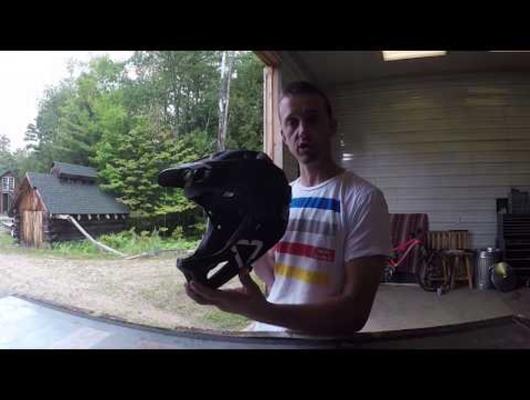 Aaron Chase Unboxes the Leatt DBX 3 0 Enduro Helmet