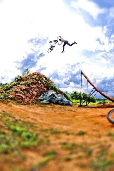 Tailwhip - MDog - Mountain Biking Pictures - Vital MTB