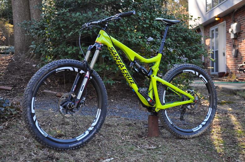 My Enduro race machine -- 2013 SantaCruz Bronson C
