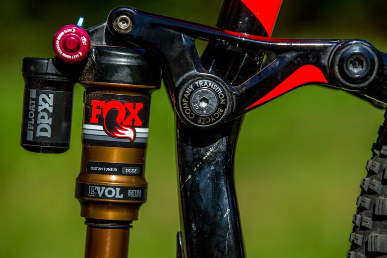 Transition Scout - sideshow's Bike Check - Vital MTB