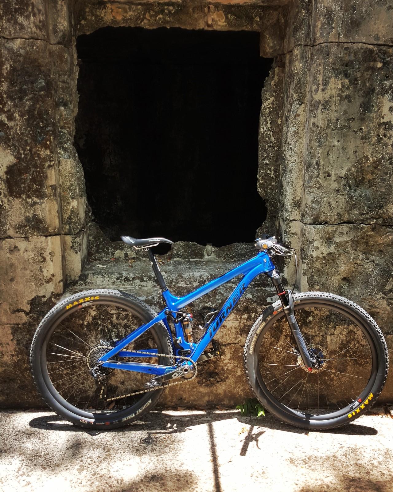 Turner Czar Ver 1.1 Candy Blue 29er 2015 - topz222\'s Bike Check ...