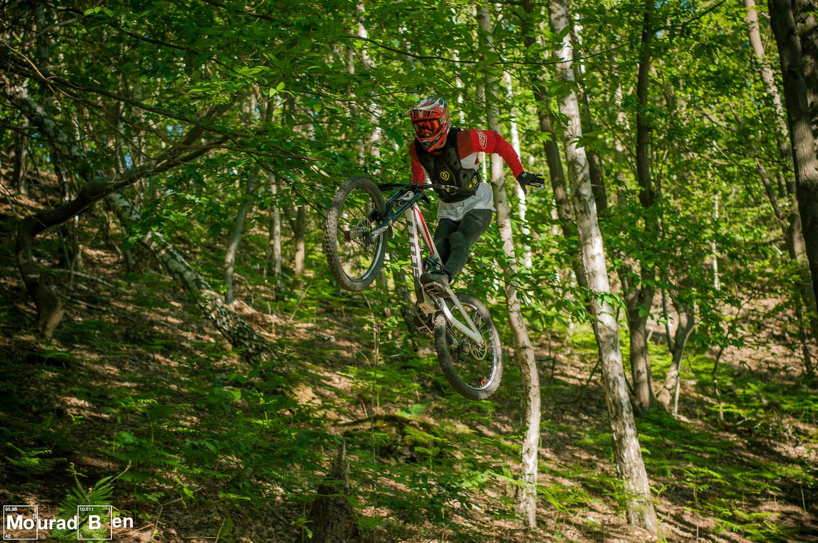 No hander - Romuald_Manach - Mountain Biking Pictures - Vital MTB