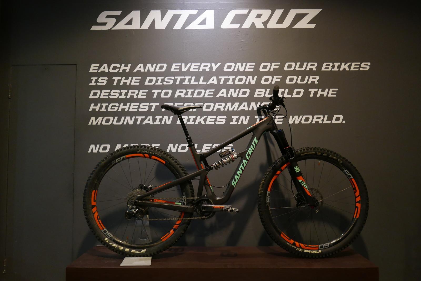 Santa Cruz Hightower CC w/ MRP Raze 2CR