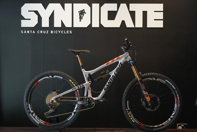 "Santa Cruz Nomad ""Syndication"""