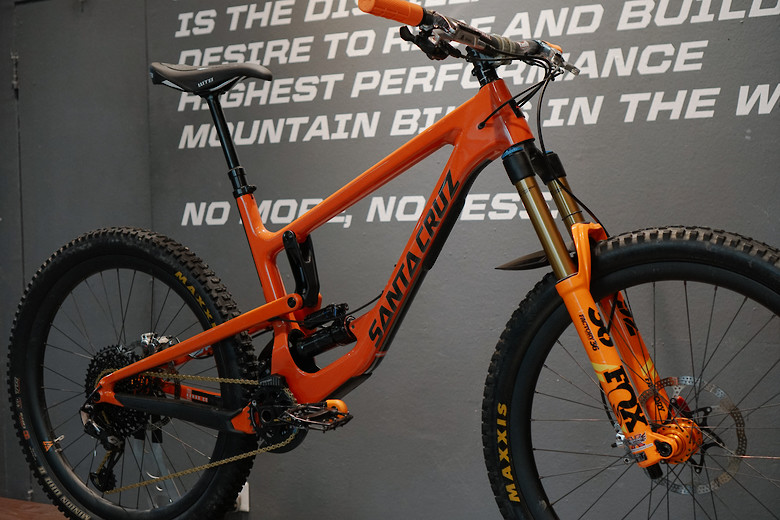 "Santa Cruz Nomad CC ""Orange Is The New Black"""