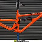 C138_s_yeti_sb150_orange_frame_detail_picture_1